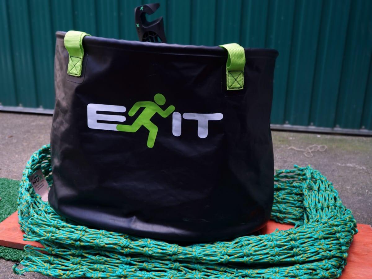 X – Wetsuit Change Bucket - Neoprenanzug wechseln und transportieren